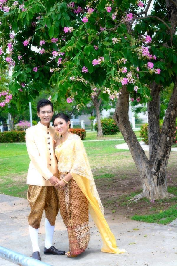 O casamento casa pares fotografia de stock