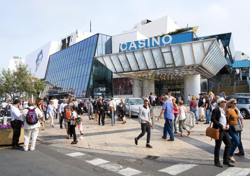 O casino e os festivais do DES de Palais no Croisette em Cann fotos de stock