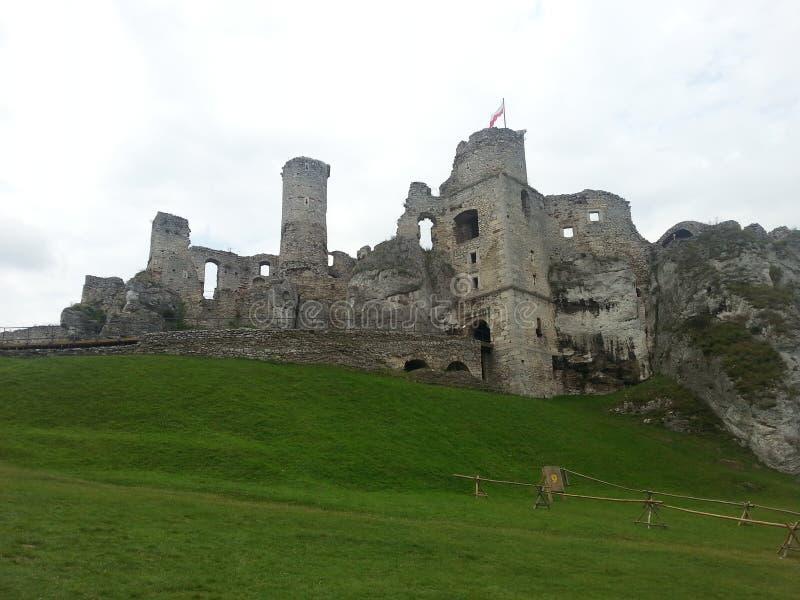 O castelo arruina o ogrodzieniec fotografia de stock
