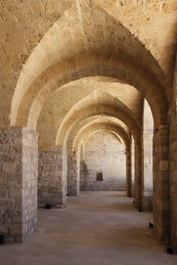 O castelo, corredor Trani Apulia Italy fotos de stock royalty free