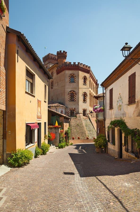 O castelo de Barolo, Itália fotografia de stock