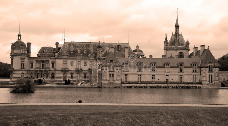 O castelo de Chantilly foto de stock royalty free