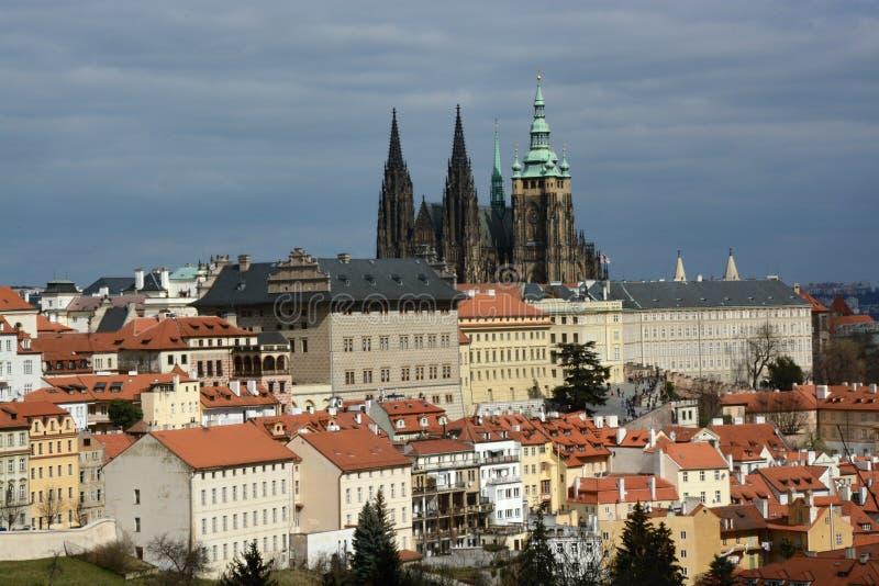 O castelo de Praga é o castelo checo o mais significativo foto de stock royalty free
