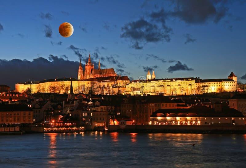 O castelo de Praga em Praga fotografia de stock royalty free