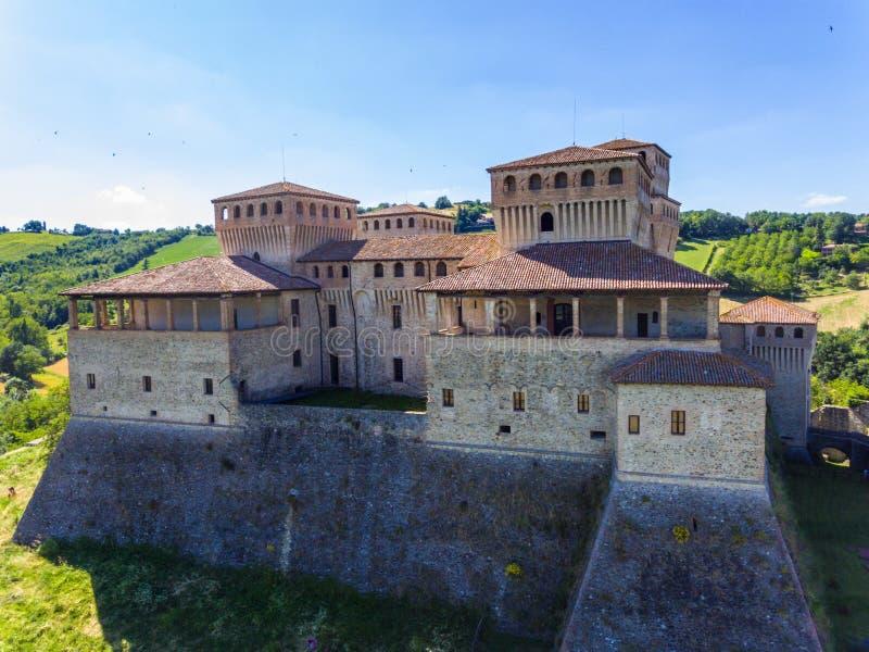 O castelo de Torrechiara em Parma Itália fotografia de stock