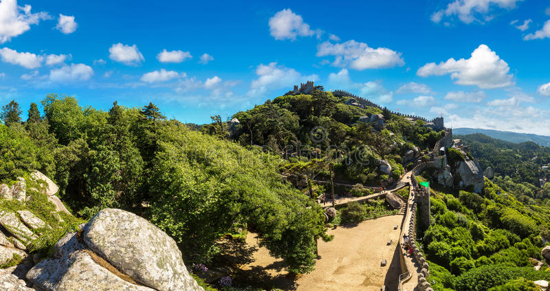 O castelo do amarra em Sintra fotografia de stock