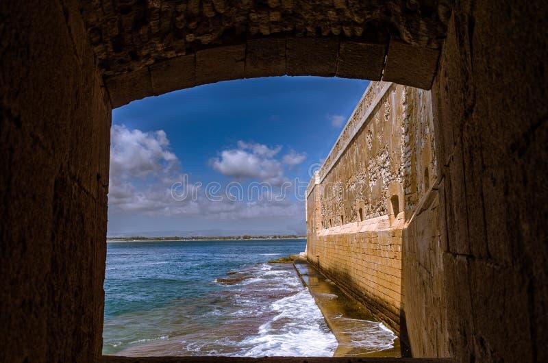O castelo em Siracusa - Sicília foto de stock