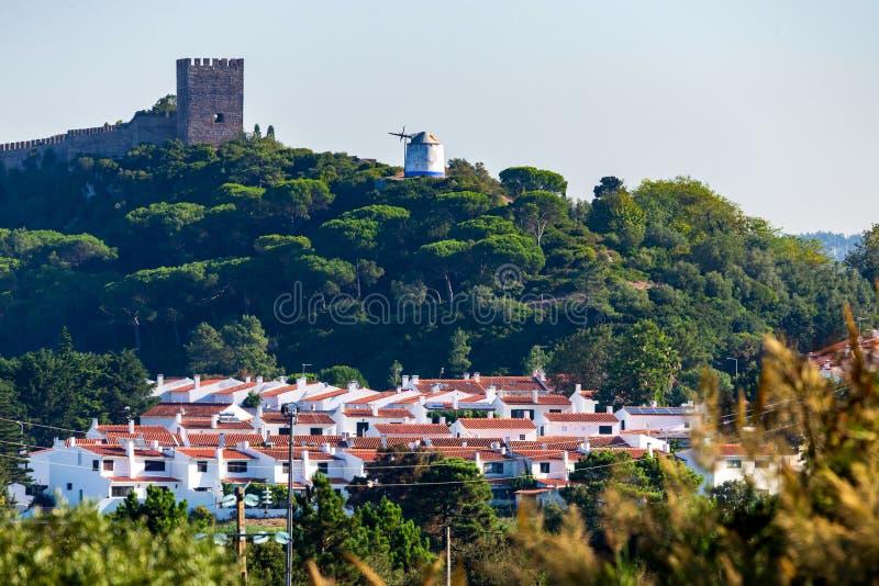 O castelo Moors ? um castelo medieval da cume em Sintra, Portugal foto de stock royalty free