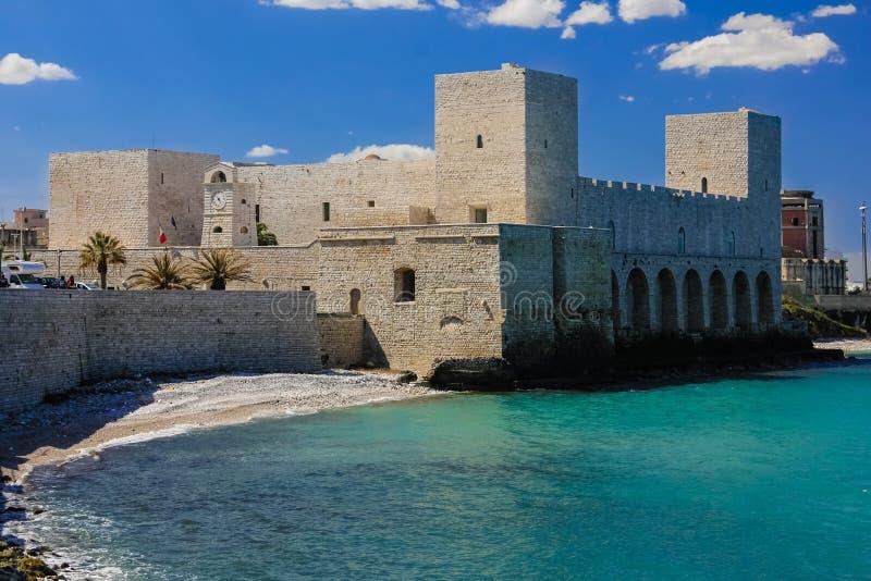 O castelo Trani Apulia Italy imagem de stock