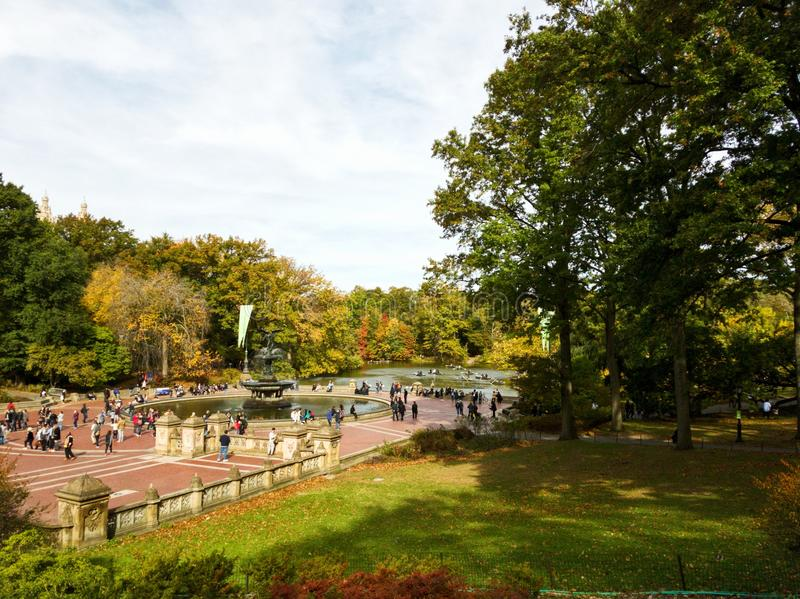 O Central Park em New York City capturou no outono foto de stock royalty free