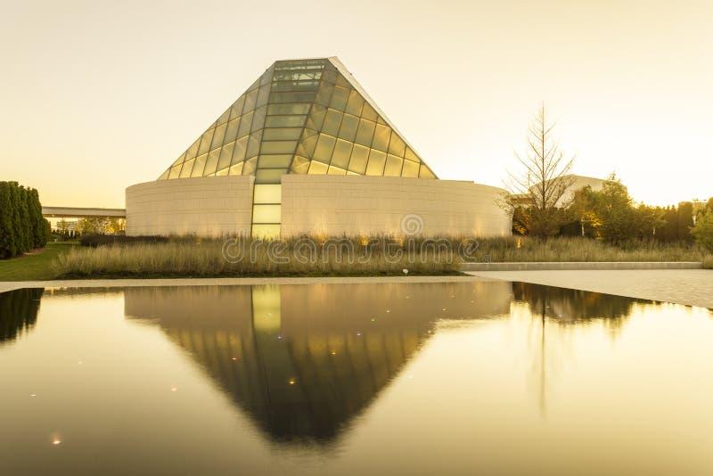 O centro de Ismaili em Toronto, Canadá imagem de stock royalty free