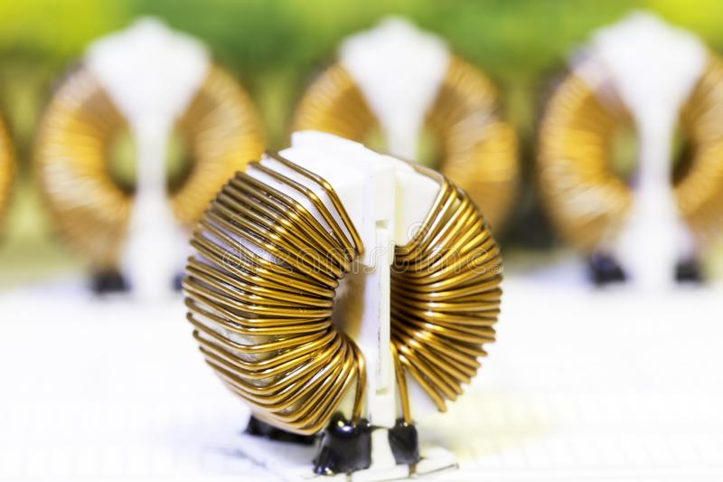 O cobre bobina THT fotos de stock royalty free