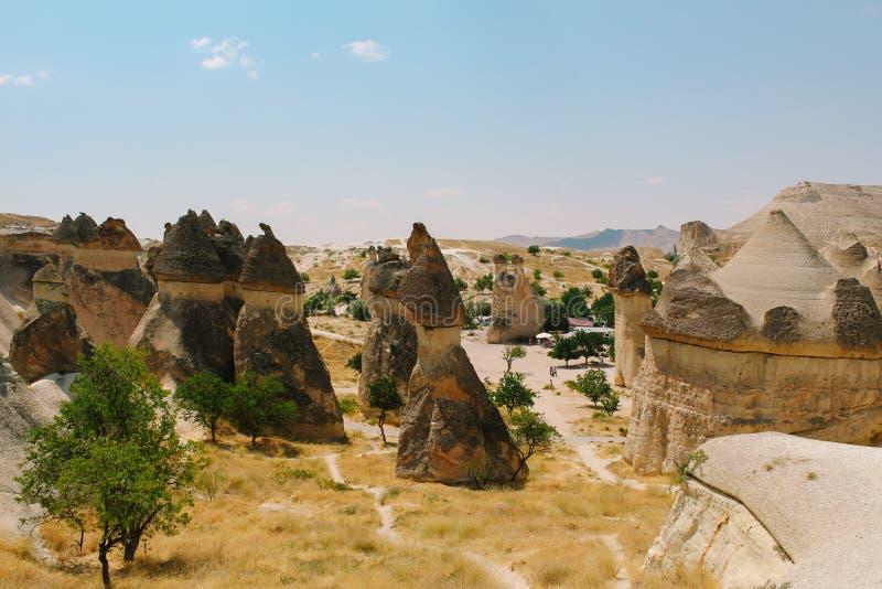 O cogumelo do vale de Pasabag deu forma à formação de rocha, chaminés feericamente em Cappadocia, Turquia fotos de stock royalty free