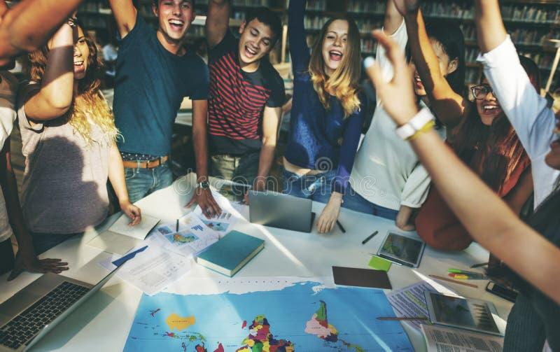 O colega comemora Team Group Community Concept foto de stock