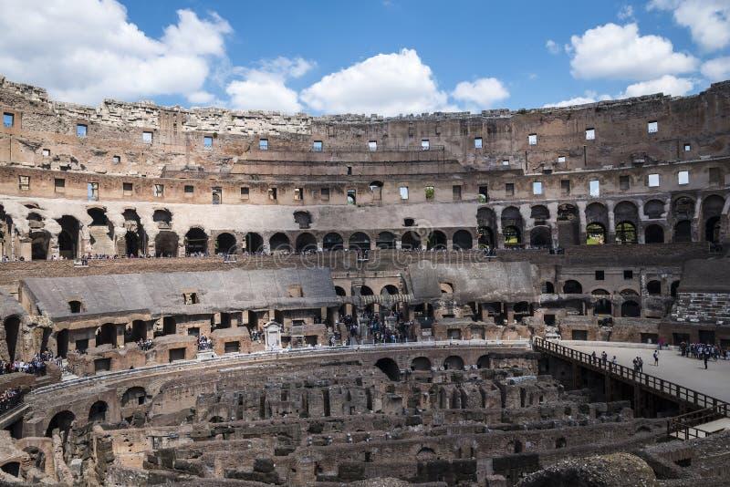 O Colosseum é a imagem a mais icónica de Roma e amado por milhões de visitantes à cidade eterno de Roma Itália fotografia de stock royalty free