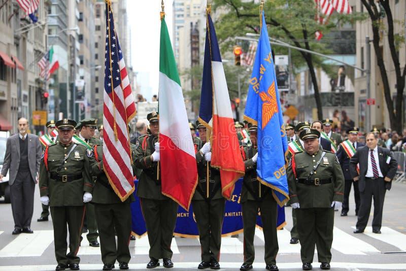 70.o Columbus Day Parade anual en NYC imagen de archivo