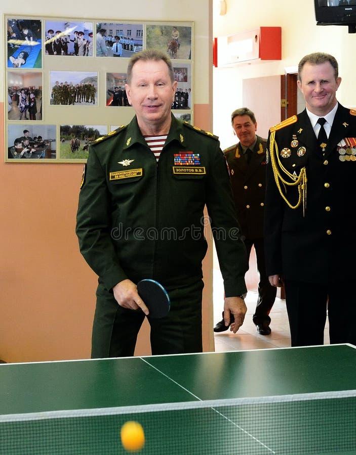O comandante-chefe das tropas internas do ministério dos assuntos internos de Rússia, general do exército Viktor Zolotov, p imagem de stock
