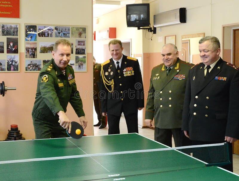 O comandante-chefe das tropas internas do ministério dos assuntos internos de Rússia, general do exército Viktor Zolotov, p fotografia de stock