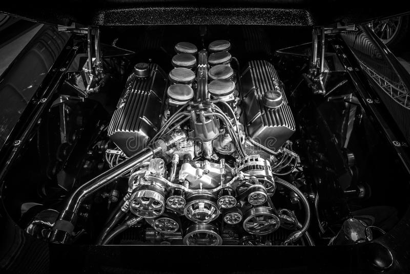 O combustível injetou o bloco 460 grande o motor 550 HP de Ford, 7,5L de Ford Mustang, 1967 foto de stock
