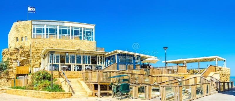 O complexo do restaurante em Caesaria fotos de stock royalty free