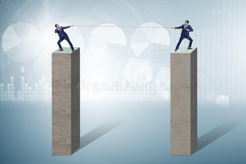O conceito da competi??o com conceito do conflito imagem de stock