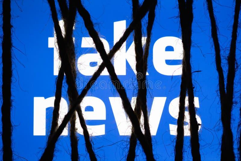 O conceito da medida enérgica na notícia falsificada levanta interesses da censura ilustração stock