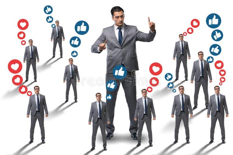 O conceito de redes sociais com homens de negócios ilustração stock