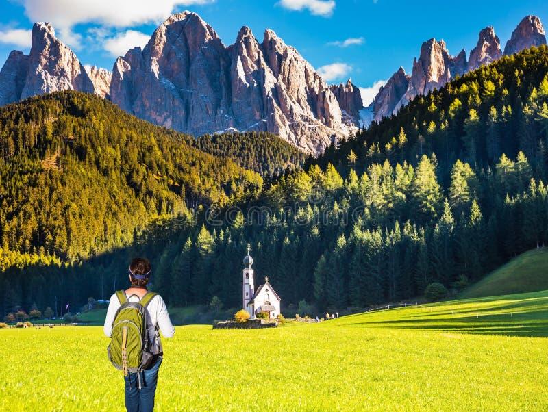 O conceito de um active e de um ecoturismo fotografia de stock royalty free