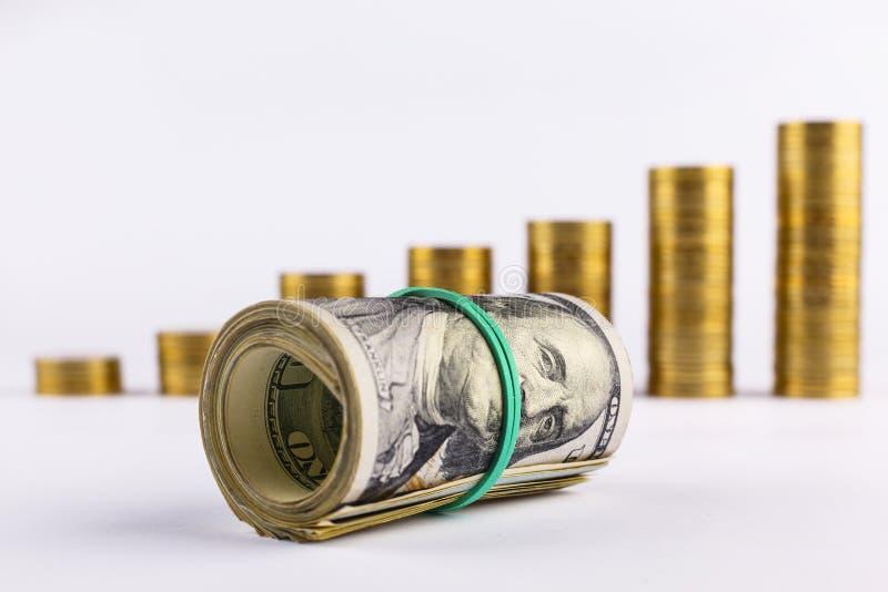 O conceito que troca na bolsa de valores, visualização, mercado de valores de ação, moeda troca bloco dos dólares, fundo branco,  foto de stock