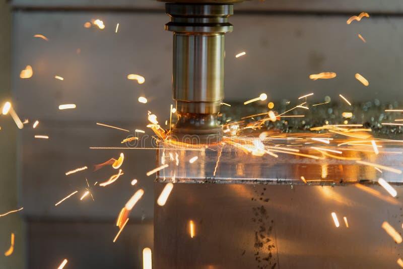 O corte de máquina da trituração do CNC a peça do molde imagem de stock royalty free