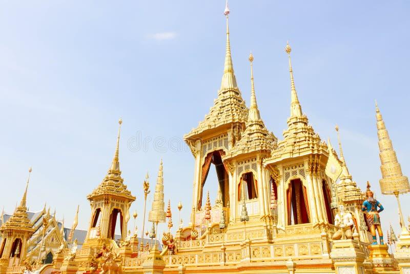 O crematório real do ouro para o rei Bhumibol Adulyadej no 4 de novembro de 2017 imagens de stock royalty free
