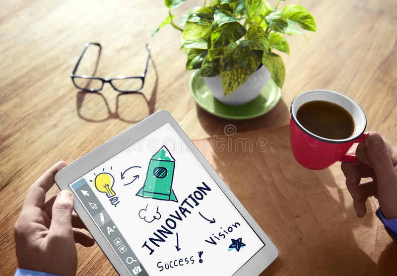 O crescimento da ampola da visão do sucesso da inovação começa acima o conceito fotos de stock