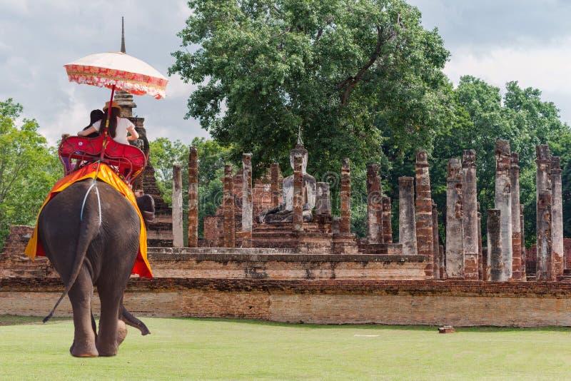 O curso Tailândia, Sukhothai é um centro histórico, e a primeira capital de Sião foto de stock