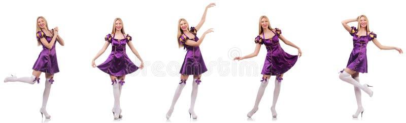 O dançarino bonito no vestido roxo imagens de stock