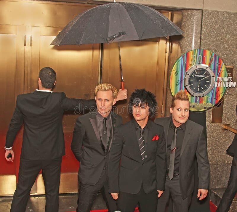 O ` de Green Day do ` chega em 64th Tony Awards anual em 2010 imagem de stock royalty free