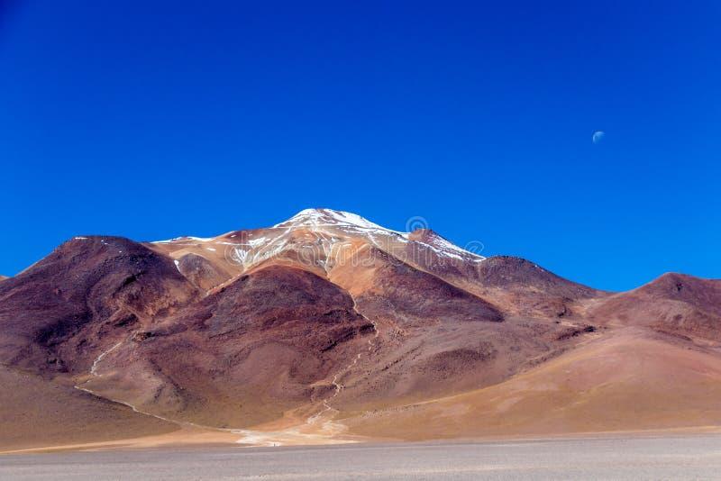 O deserto de Salvador Dali igualmente conhecido como Dali Valley, em Eduardo Avaroa Park em Bolívia, Andes em Ámérica do Sul imagem de stock