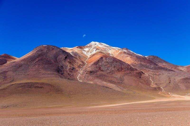 O deserto de Salvador Dali igualmente conhecido como Dali Valley, em Eduardo Avaroa Park em Bolívia, Andes em Ámérica do Sul fotografia de stock