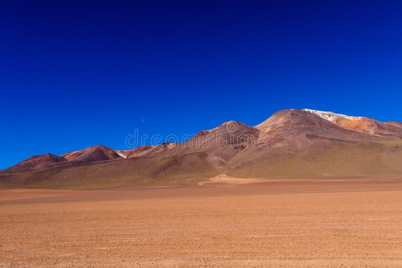 O deserto de Salvador Dali igualmente conhecido como Dali Valley, em Eduardo Avaroa Park em Bolívia, Andes em Ámérica do Sul fotografia de stock royalty free