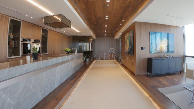 O design de interiores moderno da casa imagens de stock royalty free
