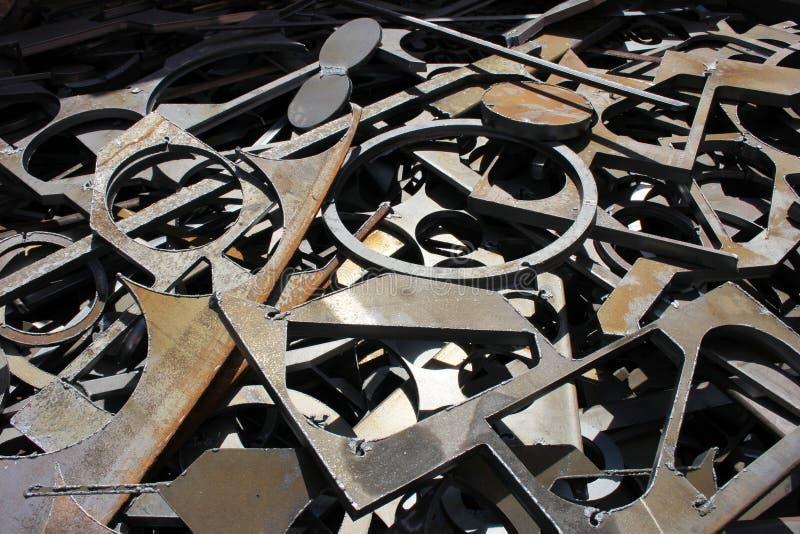 O desperdício metals o fundo da fábrica foto de stock royalty free