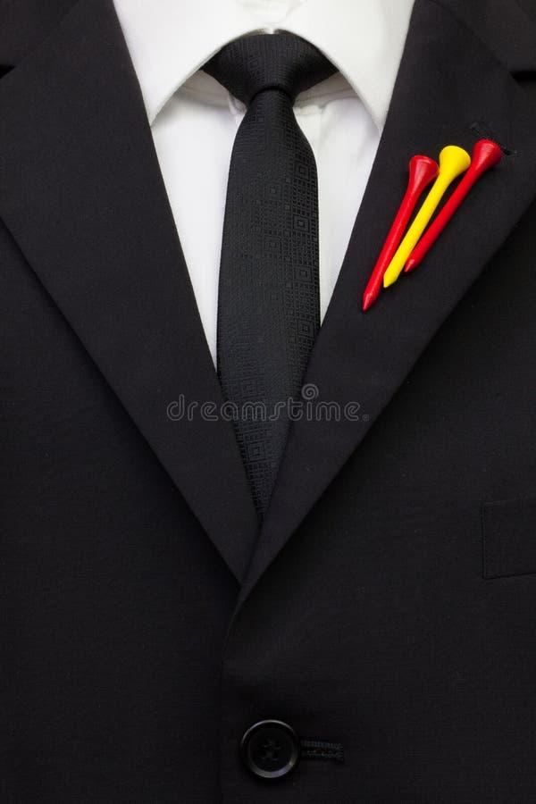 O detalhe de terno do casamento com projeto do golfe fotografia de stock royalty free