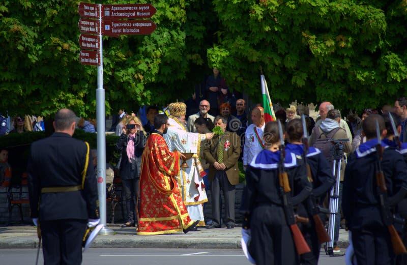 O dia da bravura e da cerimônia búlgara do exército foto de stock