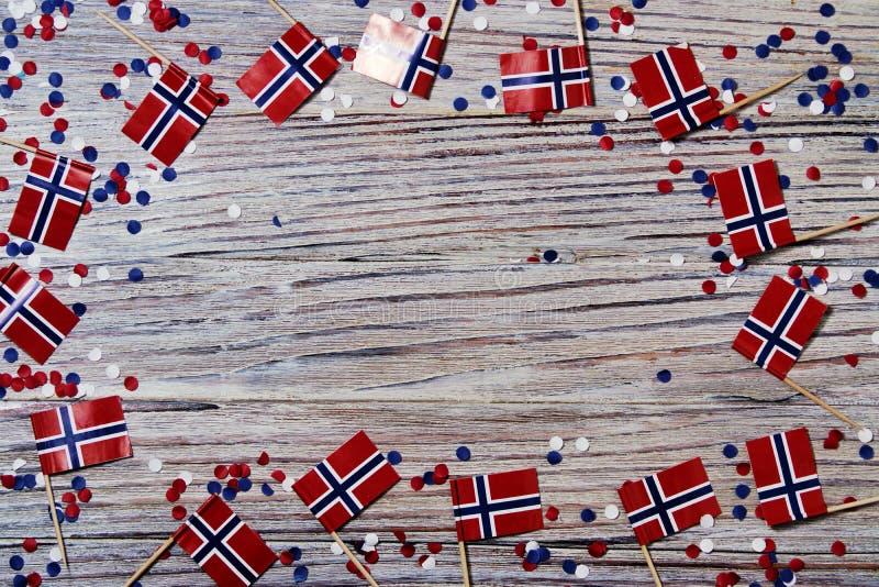 o Dia da Independência norueguês, dia da constituição, pode 17 feriado da liberdade, da vitória e da memória, dia livre O conceit foto de stock royalty free