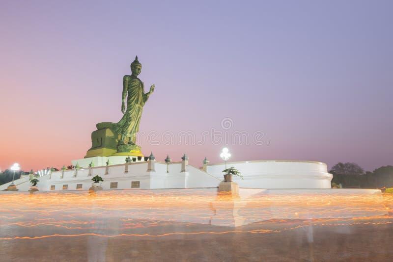 O dia de Magha Puja é um festival budista importante comemorado em t foto de stock royalty free