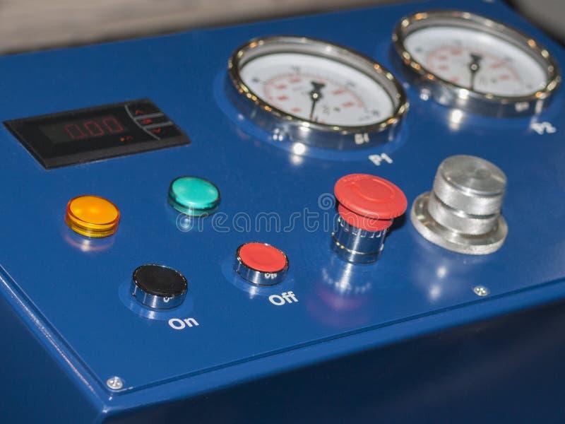 O dispositivo para a manutenção de sistemas do veículo imagens de stock