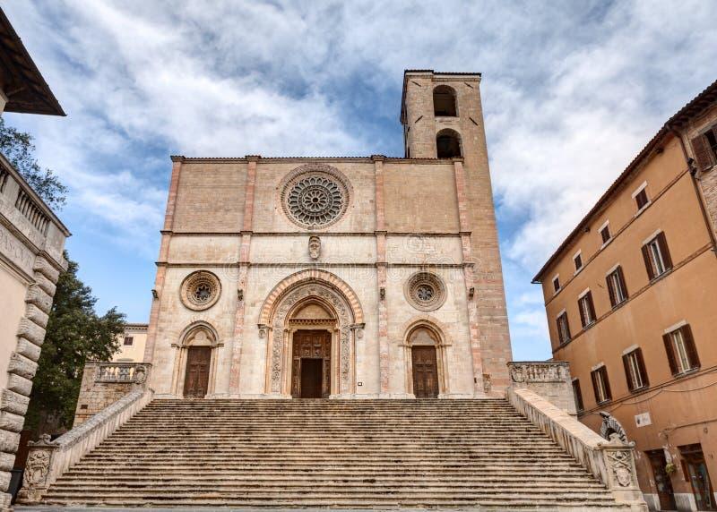 O domo de Todi, Itália imagem de stock