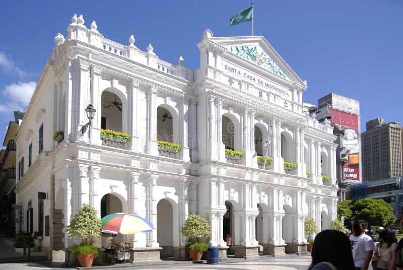 O edifício branco em Macau. fotografia de stock