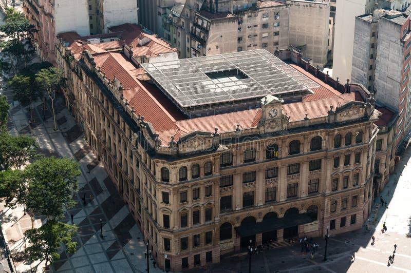O edifício da estação de correios em Sao Paulo. imagens de stock