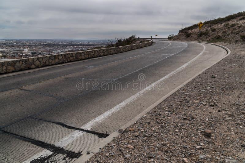O El Paso, Texas cênico negligencia a estrada imagens de stock