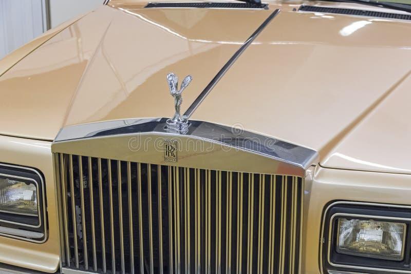 O emblema cl?ssico dos carros de Rolls Royce imagens de stock
